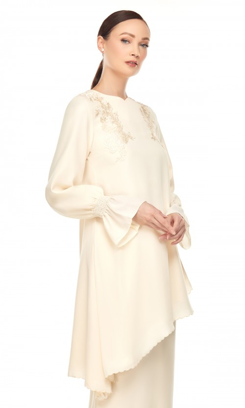 Adura Kurung in Cream