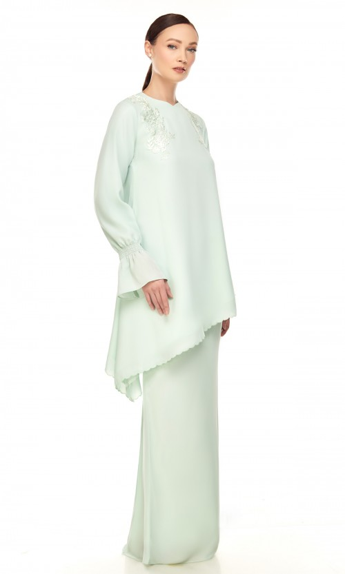 Adura Kurung in Light Green