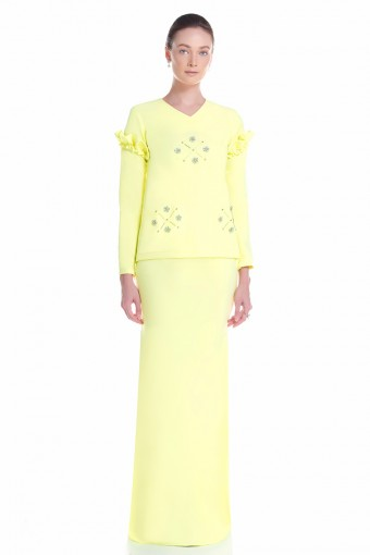 Asella Kurung in Yellow