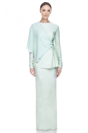 Elara Kurung in Mint Green