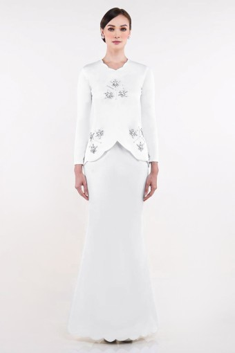 Ezinne Brides in Off-White