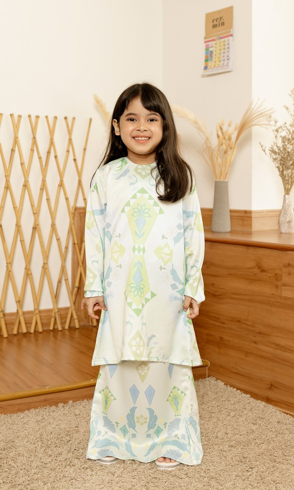 Frechia Kurung Kids in Mint Green