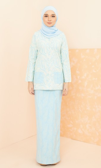 Ithni Kurung in Sky Blue