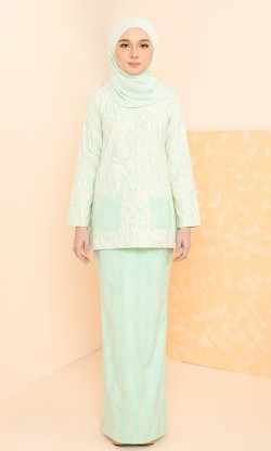 Ithni Kurung in Mint Green