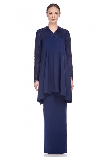 Lumi Kurung in Navy Blue