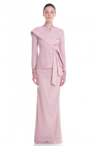 Martina Kurung in Pink