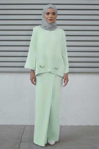 Lauryn Kurung in Mint Green