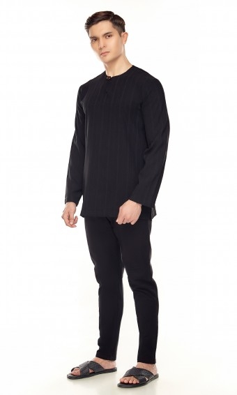 Murat Kurta in Black