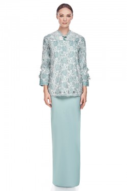 Maeko Kurung in Dusty Green