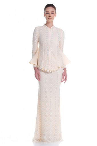 Mireya Kurung in Soft Yellow