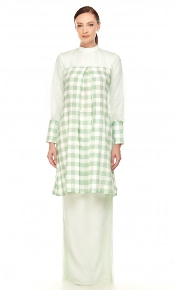 Oline Kurung in Apple Green