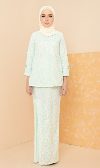 Orla Kurung in Mint Green