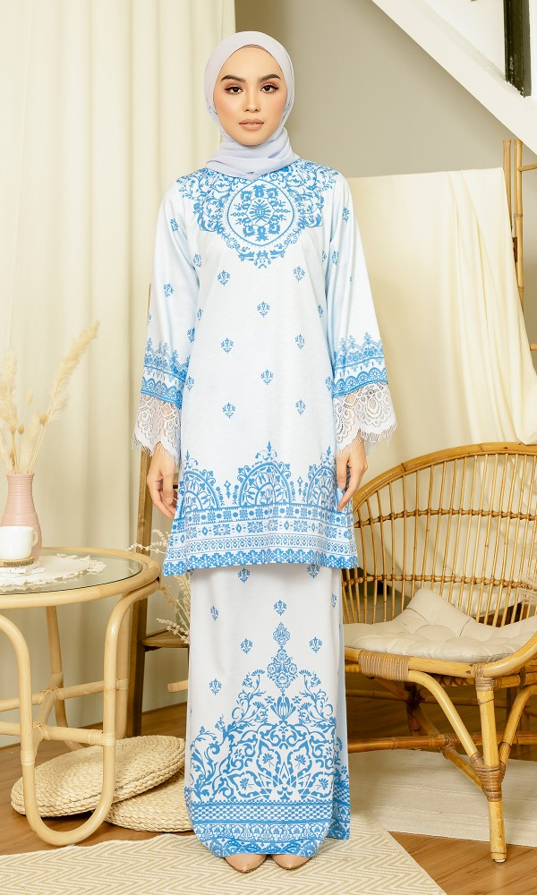 Aarya Kurung in Marlin Blue