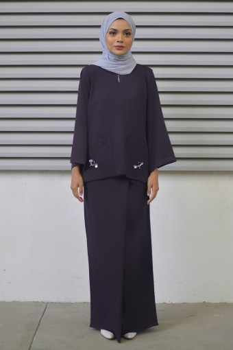 Lauryn Kurung in Dark Purple