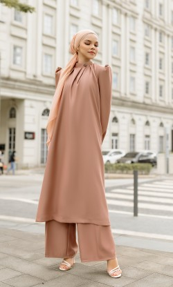 Veronika Tunic & Pants in Light Choco