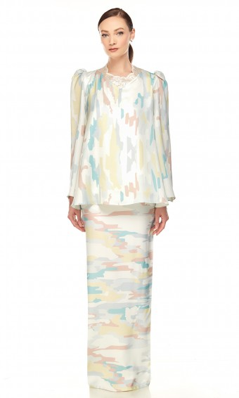 Viorika Kurung in Greenish